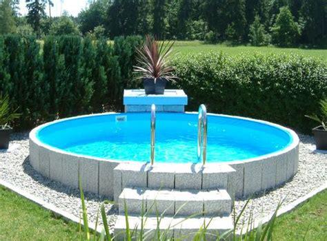 swimming pool aufbauen lassen swimmingpool als aufstellbecken beim fachh 228 ndler nahe
