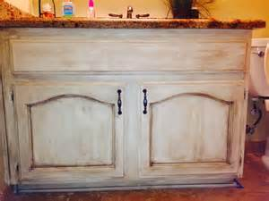 Antiquing White Kitchen Cabinets madame butterfly chalky paint we have some new products