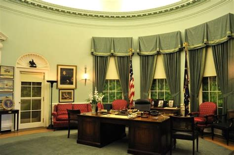 oval office decor history 187 best images about harry bess truman on pinterest