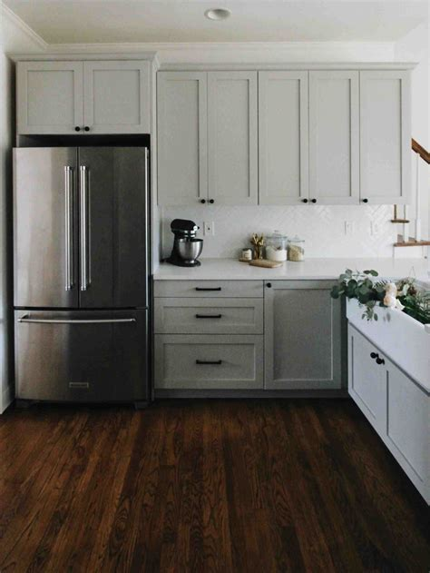 do it yourself kitchen cabinets do it yourself kitchen cabinet diy light gray kitchen