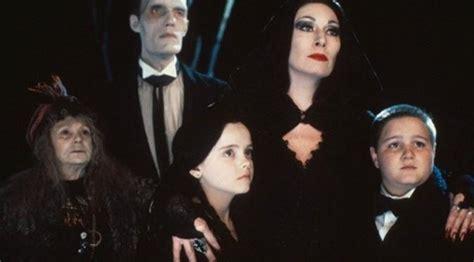 film horor untuk anak anak 6 film horor ini bisa ditonton anak anak showbiz