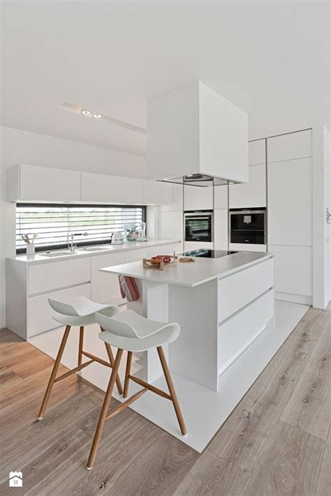 Moderne Weiße Küchen by Wohnzimmer Schrankwand Schwarz