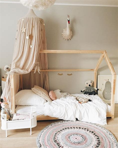 Unique Toddler Bedroom Ideas 1000 Ideas About Toddler Bedroom On