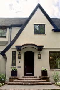 how to paint exterior stucco house 17 best ideas about black trim on black trim