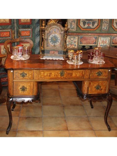 mobili tirolesi dipinti le 25 migliori idee su mobili rustici su