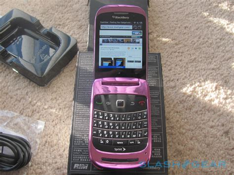 Hp Blackberry Style 9670 Terbaru sprint blackberry style 9670 unboxing and on slashgear