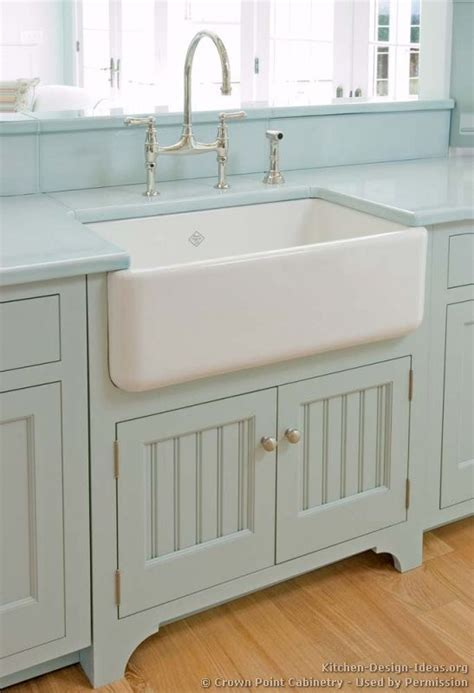25 best ideas about farmhouse sinks on farm
