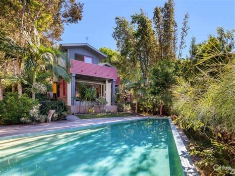 26 Dolphin Bay Drive Sunshine Beach Qld 4567 338576 Dolphin House Noosa