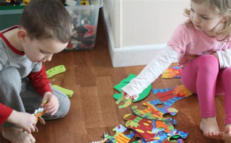 Find To Play With Pretend Play With Dinosaurs Alexbrands