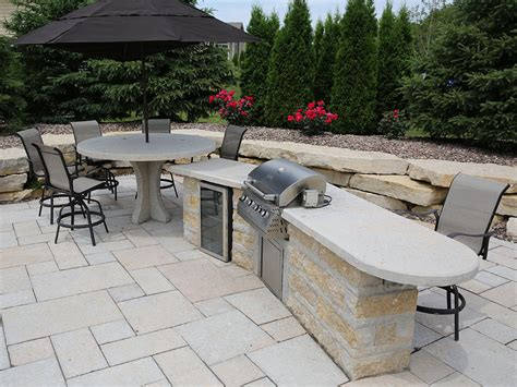 outdoor kitchens and bars outdoor kitchens bars