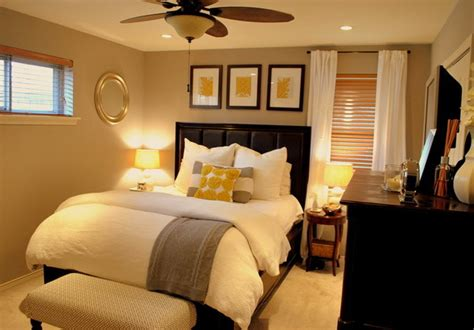 Small Bedroom Decor Ideas by Small Bedroom Decorating Ideas That Are Totally Cool