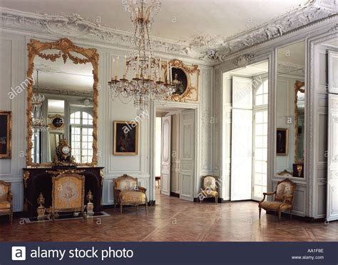 Cabinet Victoire by Cabinet Victoire