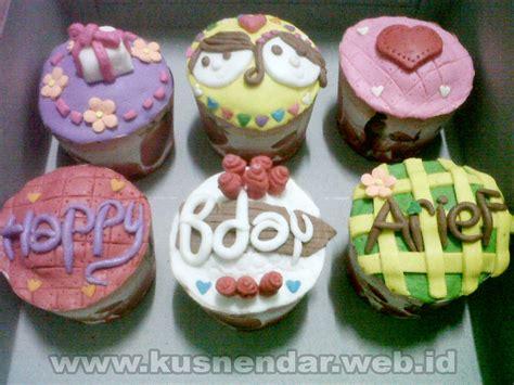 Tempat Bumbu Cupcake search results for kue ultah 19 tahun calendar 2015