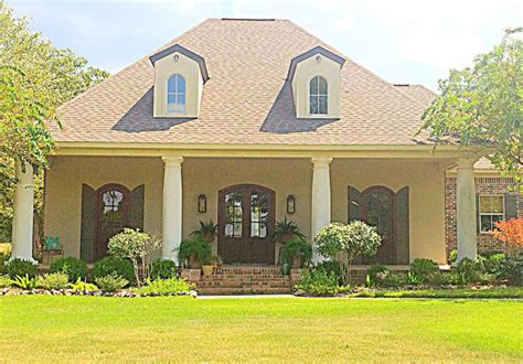 acadian style love this acadian style home louisiana house plans
