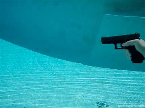 underwater wallpaper gif funny animated gif animated gifs underwater stuff