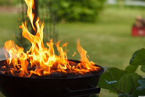 Backyard Barbecue Grills Clean Your Barbecue Grill With Baking Soda Huffpost