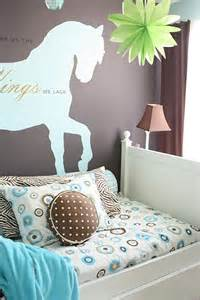 Horse Themed Bedroom Ideas Remodelaholic Girl S Dream Room And Re Purposed Bed To Desk