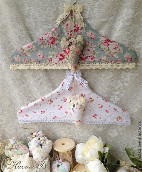 shabby chic clothes hangers small sewing projects pinterest fabric covered at the top