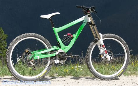 commencal supreme dh 2009 commencal supreme dh team replica sick lines gallery