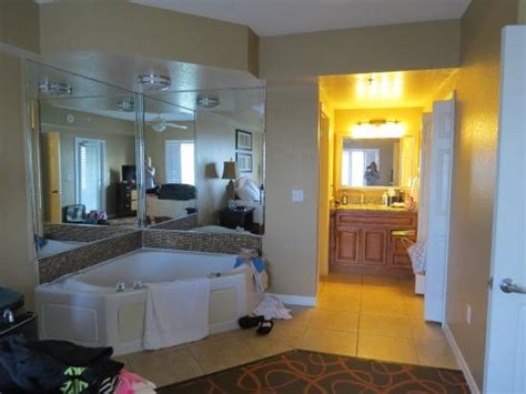 hotels with bathtub in bedroom master bedroom with jacuzzi tub picture of orlando s