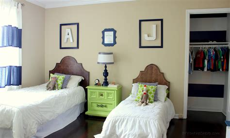 diy bedroom decor ideas on a budget