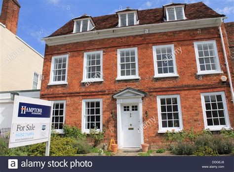 buy house farnham georgian house for sale in castle street in farnham surrey england stock photo
