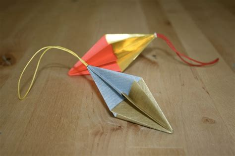 Easy Origami Decorations - origami simple ornament