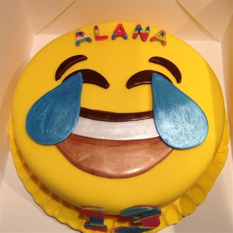 emoji cake 44 best images about emoji birthday on pinterest happy