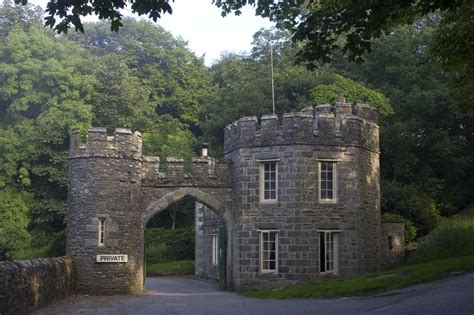 gate house caerhays gatehouse cornwall guide photos