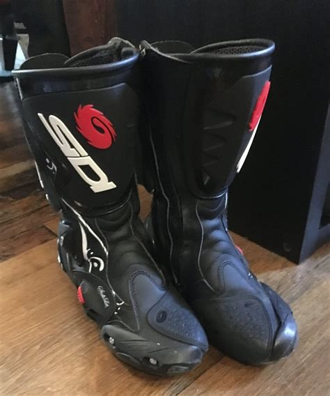 motorcycle boots for sale 100 motorcycle racing boots for sale lewis leathers