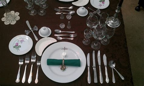 Formal Table Settings Service 224 La Russe