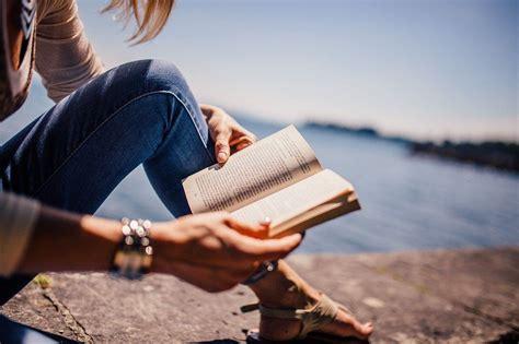 libri in libreria libri per mamme imperfette quot c era una volta una bambina
