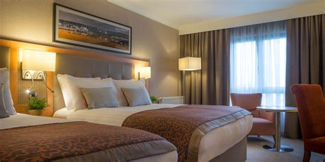 and hotel room manchester airport hotels clayton hotel manchester airport