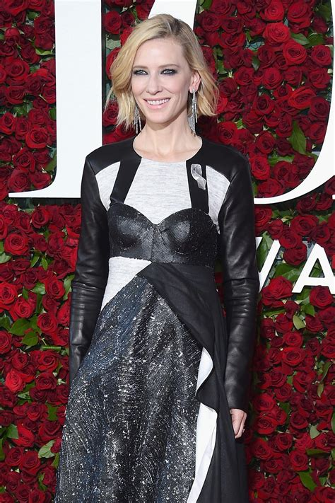 Catwalk To Carpet Cate Blanchett Carpet Style Awards by Tony Awards 2016 Cate Blanchett In Louis Vuitton Tom