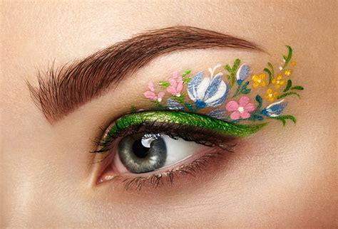 Eyeliner Flower flower eyeliner is for simplemost