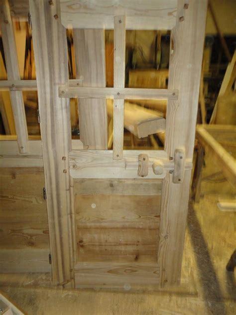 porte en bois intérieur 1540 cuisine porte int 195 169 rieur rustique fermeture bois porte
