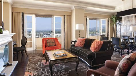 four rooms los angeles four seasons los angeles beverly suite offers travelsort