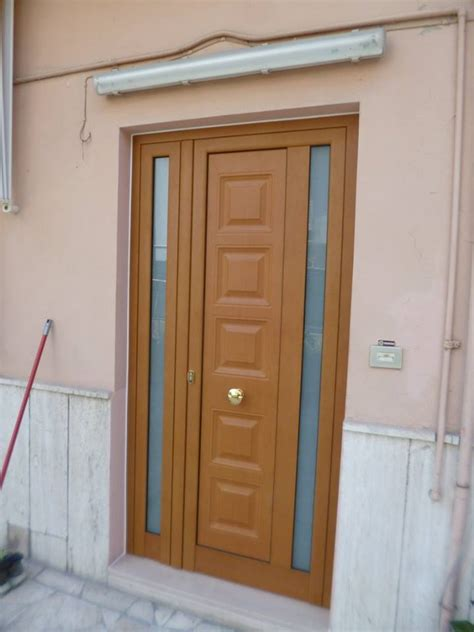 portone d ingresso in legno portone ingresso portoni esterni in alluminio portoncini