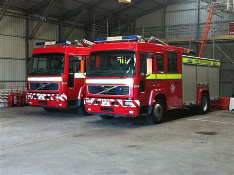 fire engines    saxon fire engines