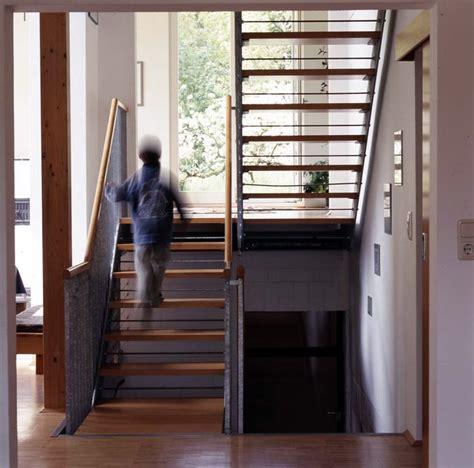 Fenster Treppenhaus Efh by Sch 246 Ne Treppe Innentreppe Holz Stahl Fertigtreppe