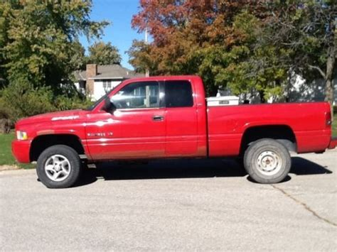 sell used 2001 dodge ram 1500 cab 4x4 four wheel