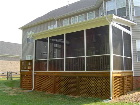 Front Porch Ideas To Add More Aesthetic Appeal To Your House Plans With Enclosed Patio