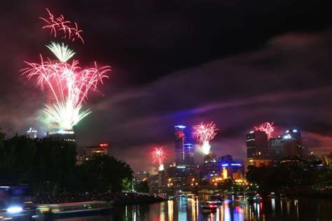 new year melbourne celebrations 2014 new year s celebrations australia ushers in 2014 with