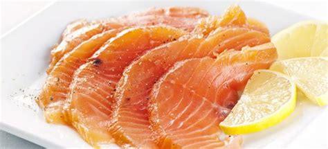 come cucinare salmone al forno ricetta salmone al forno cucinarepesce