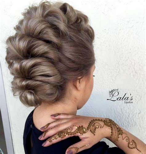 Hairstyles For Medium Hair Updos by 27 Trendy Updos For Medium Length Hair Updo Hairstyle