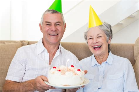 comfort keepers rochester ny tips for celebrating birthdays with seniors receiving