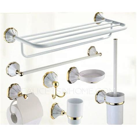 European Antique White Ceramic Wall Mounted Bathroom Wall Mounted Bathroom Accessories Sets