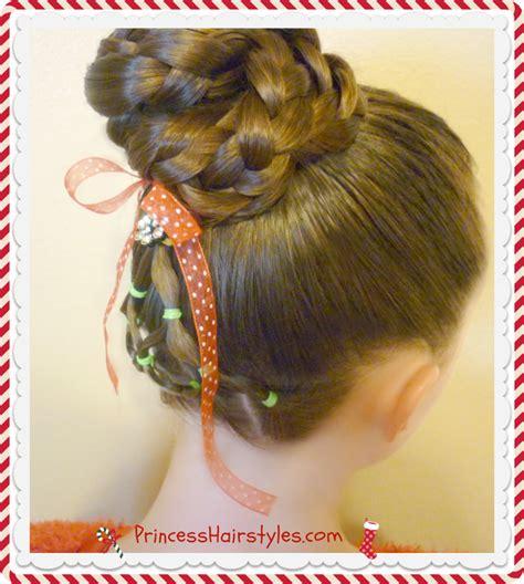 elegant elastic christmas tree hairstyle bun