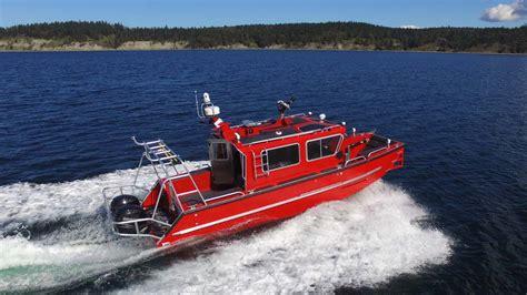 catamaran vs monohull fishing boat fire