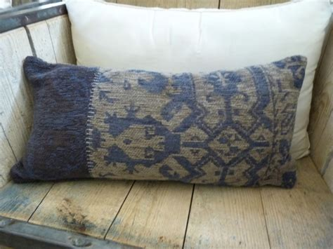 Blus Eksklusif Louis Top Limited Stock cushions rugs de poortere